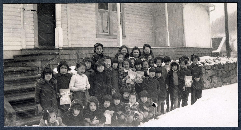 Group of Sunday school children, Kaslo, BC