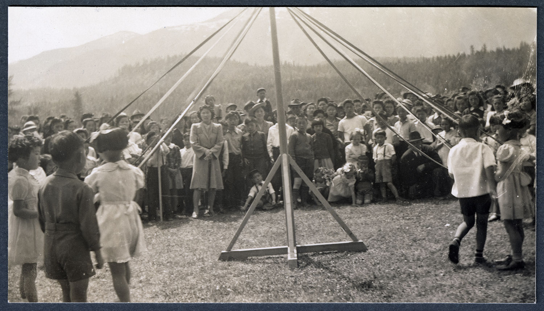 Kindergarten Maypole dance, Kaslo, BC