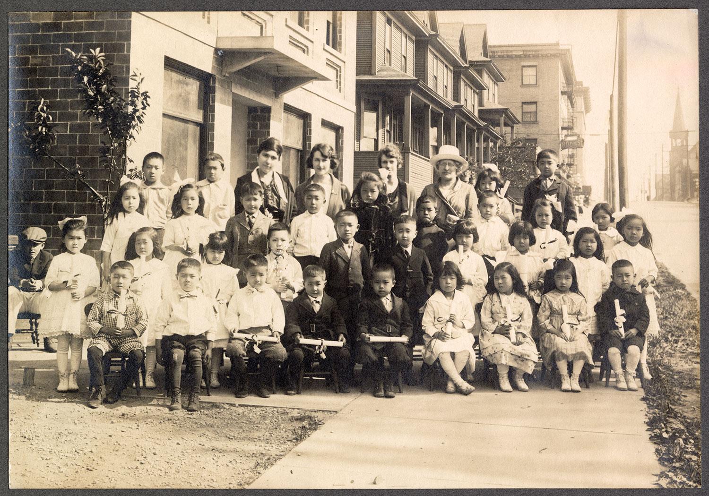 Powell Street kindergarten graduates